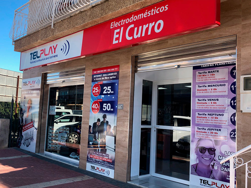 exterior tienda Telplay en Lorca